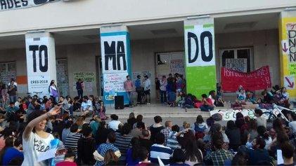 Gremio docente de la UNC se pronuncia contra la criminalización de la protesta social