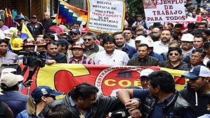 #1M Bolivia: la COB y el Gobierno marcharon en deslucidas concentraciones