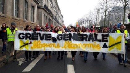 [En directo] Francia paralizada por una huelga general histórica