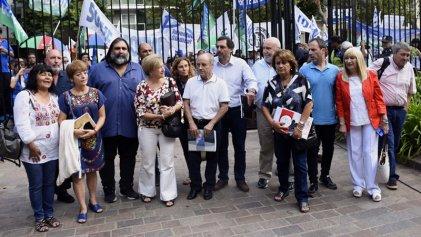 Docentes y estatales bonaerenses: primera reunión paritaria sin palabras sobre salarios