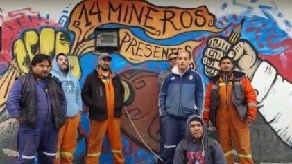 Trabajadores de Yacimientos Carboníferos Río Turbio saludan a trabajadores del Hospital Posadas