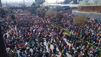 El MAS negocia a espaldas de la gran rebelión contra el Gobierno de Añez