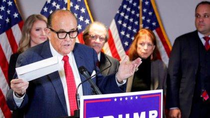 Bizarro: Rudy Giuliani acusa a China, Venezuela y Cuba de robarle la elección a Trump