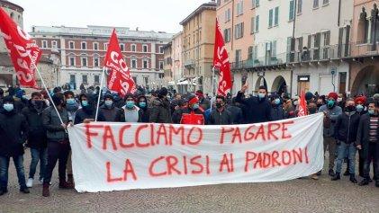 """""""Que la crisis la paguen los patrones"""": huelga general en Italia con trabajadores y estudiantes"""