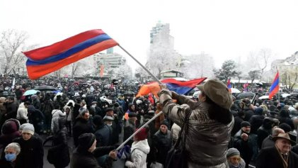Protestas en Armenia piden la renuncia del primer ministro