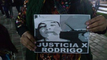 Caleta Olivia: Andrea Muñoz afirma que a su hijo lo mataron dentro de la comisaría