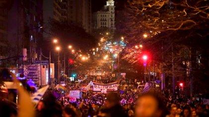Masiva marcha por la Diversidad en Montevideo