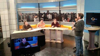 Debate de periodistas sobre las PASO en Giro a la Izquierda