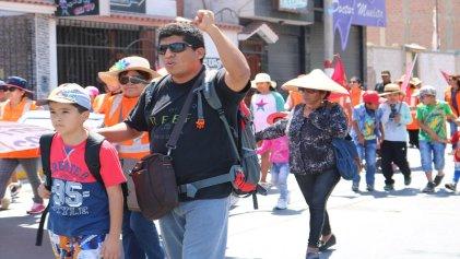 Perú: Exigen reincorporación del dirigente minero Jorge Campos