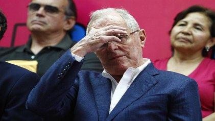 Kuczynski se salva de ser destituido por el Congreso peruano