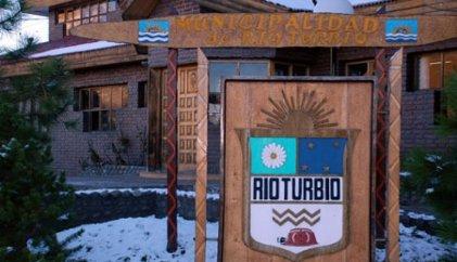 Río Turbio: trabajadores municipales aún no perciben sus salarios y hay mucho malestar