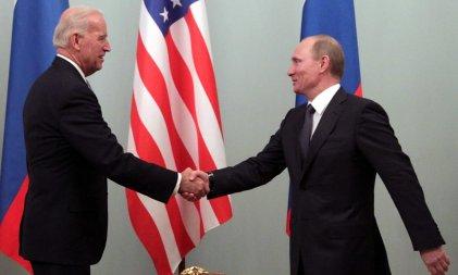 ¿Por qué Biden intensifica las tensiones entre EE. UU. y Rusia?