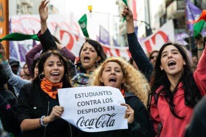 #MujeresContraCocaCola: las 20 mejores fotos del corte que abrió el 8 de Marzo