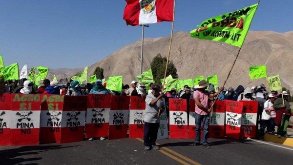 Perú: miles se movilizaron en el sur contra proyecto megaminero Tía María