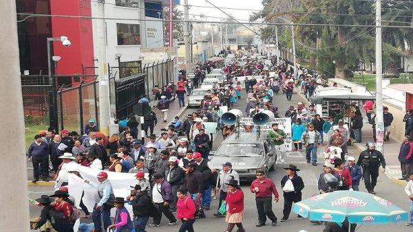 Perú: campesinos de Candarave también se movilizan contra el Gobierno y la minera Southern