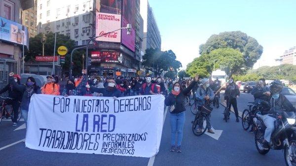 Jóvenes de apps y otros sectores precarizados se movilizan en Argentina: ¡un ejemplo de lucha!