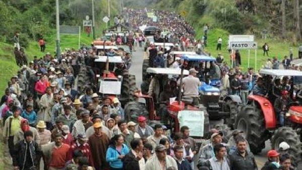 Perú: en segundo paro agrario nacional, Kuczynski siembra dos muertos