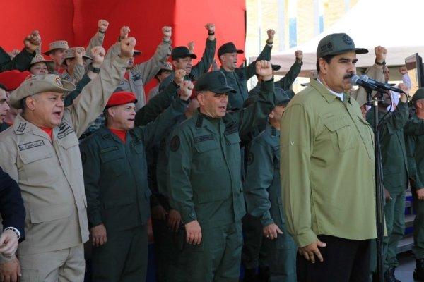 Maduro asume nuevo mandato entre el hartazgo popular y la presión de la derecha proimperialista